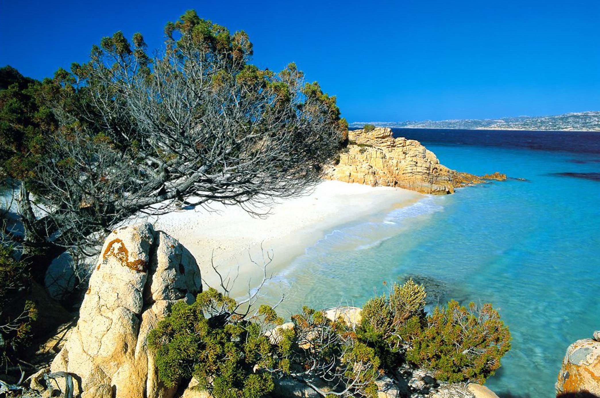LOC. arcipelago_la_maddalena